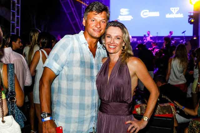 O casal sempre apaixonado: Renan e Analisa Dal Zotto