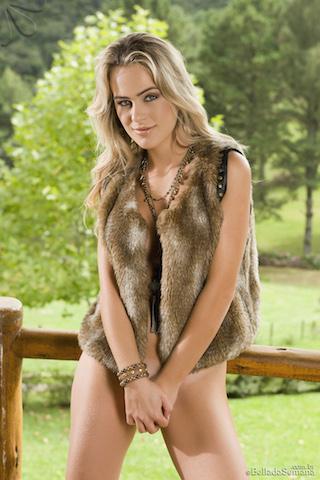 Sabrina Hendler1